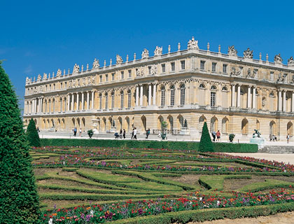 Versailles & Paris Tour - Incl Lunch, River Cruise & Eiffel Tower