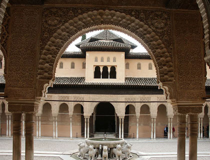 Full Day Granada Tour - Including Alhambra Palace & Gardens