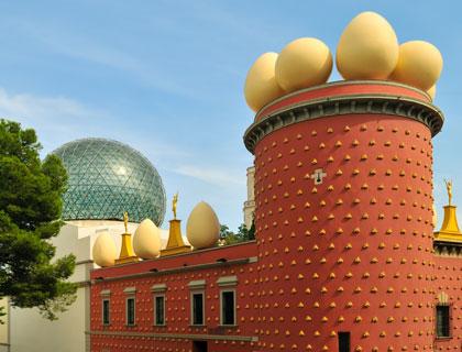 Salvador Dali Museum - Incl Figueres and Girona