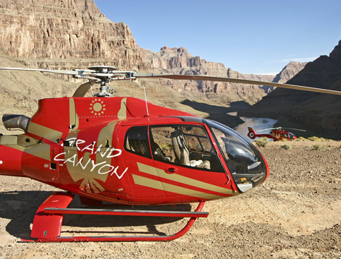 Grand Celebration - Helicopter Picnic Tour - with Black Canyon Rafting