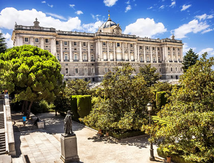 Hapsburgs' Madrid & Royal Palace Walking Tour