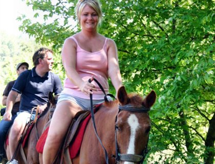 Horse Riding - Side