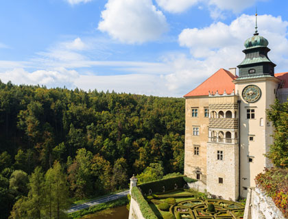 National Park and Pieskowa Skala Castle